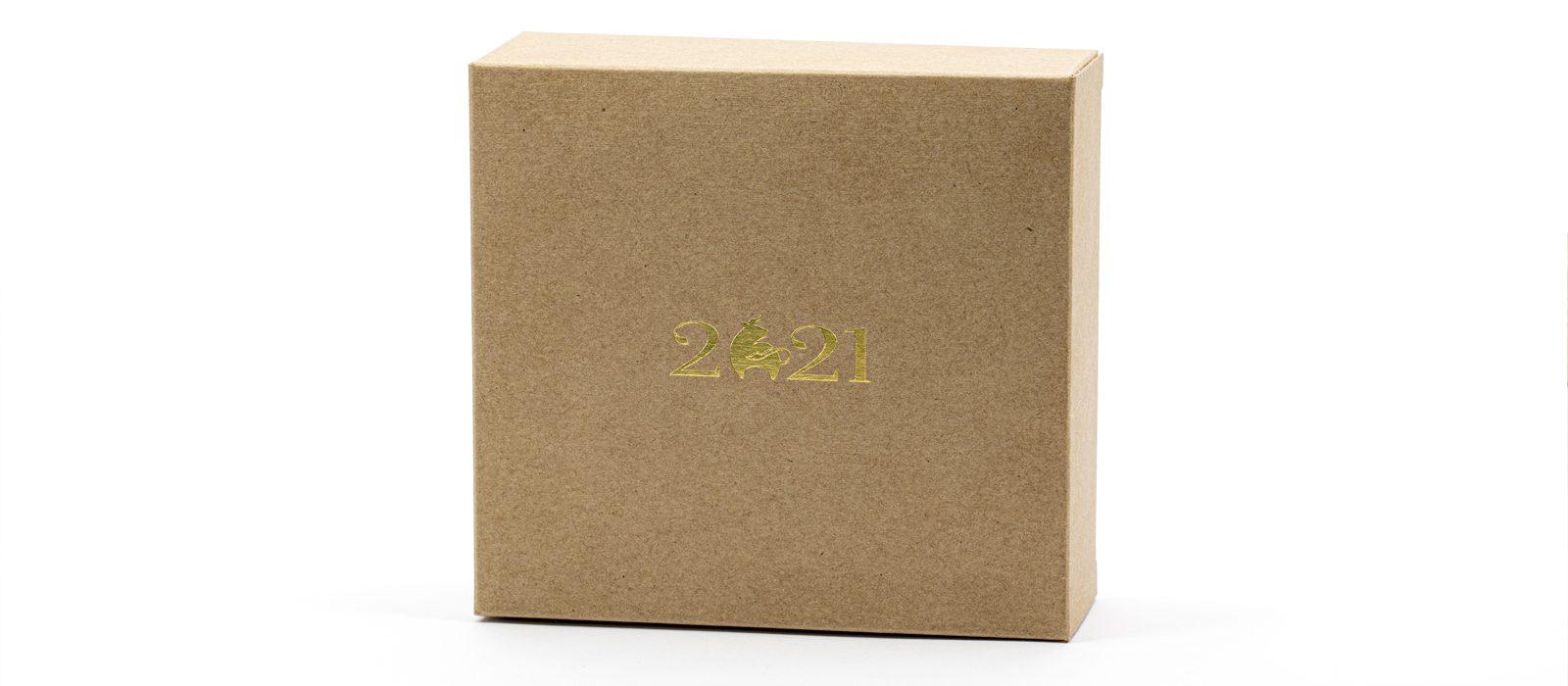 Упаковка для подарков и календарей